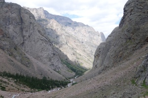 The epic canyon down to Rosebud Lake.