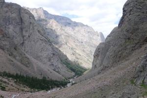 The epic canyon down to Rosebud Lake.